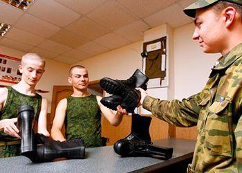 Как проходит день в армии