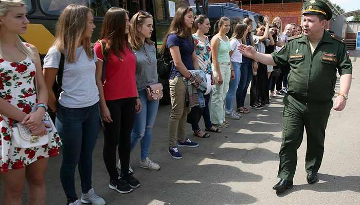 Осмотр женщин в военкомате