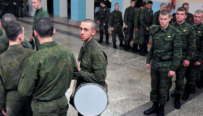 Берут ли в армию сирот и какие льготы им положены