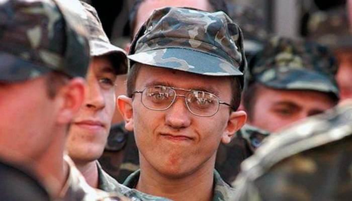 Берут ли в армию с астигматизмом в 2019 году в России